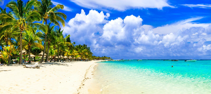 Playas arenosas blancas espléndidas de la isla de Mauricio fotografía de archivo libre de regalías