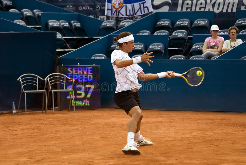 Player Lopez Return A Ball Editorial Photography