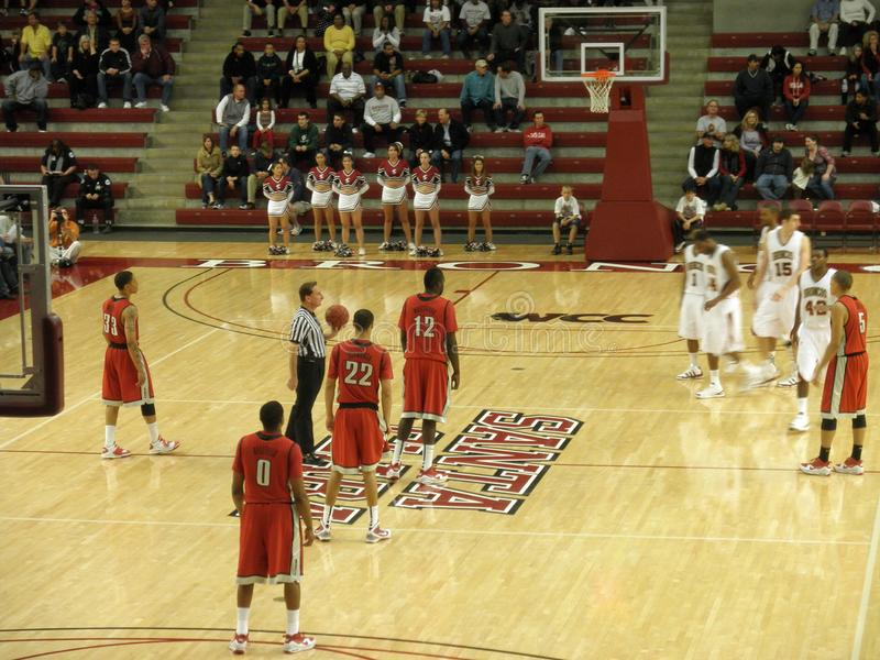 Players get ready for jump ball to start play. UNLV vs. Santa Clara: Players get ready for jump ball to start play. UNLV 66 vs. Santa Clara 63. 12/05/09 at Santa stock photography