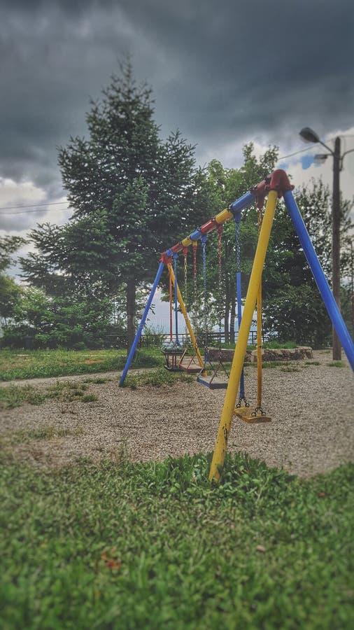Playgroung in een bewolkt weer stock foto's