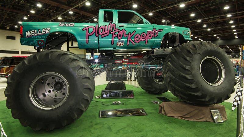 Playin para mantém o monster truck fotos de stock