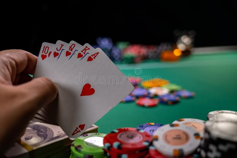 15,605 Holding Cards Photos - Free & Royalty-Free Stock Photos from  Dreamstime
