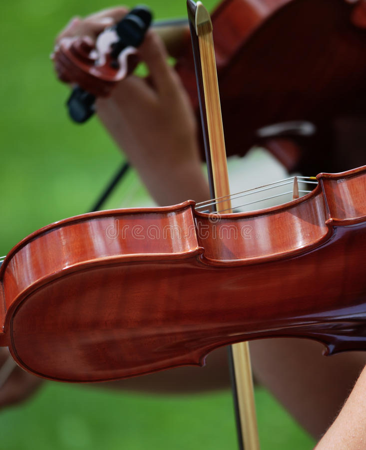 Playing The Violin Royalty Free Stock Images