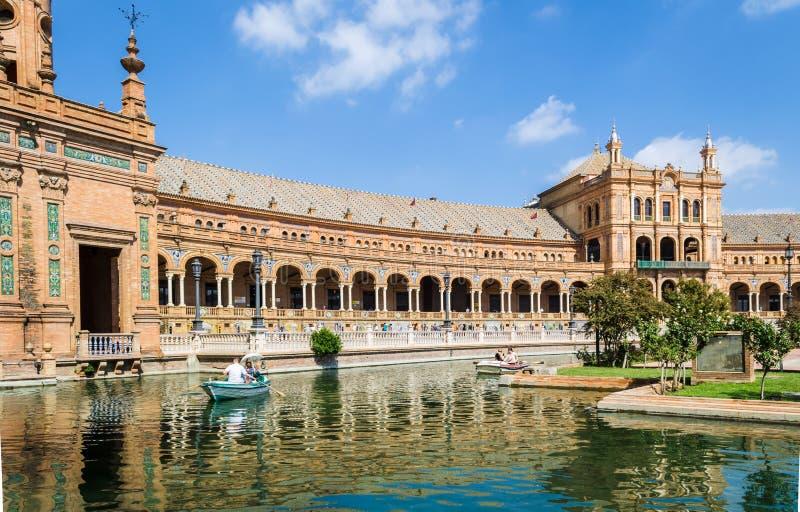 Plaza av Spanien, Oktober 2016, Seville, Andalusia, Spanien fotografering för bildbyråer