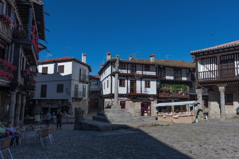 Plaza centrale dello stagno, Las Hurdes, Salamanca, Spagna fotografie stock libere da diritti
