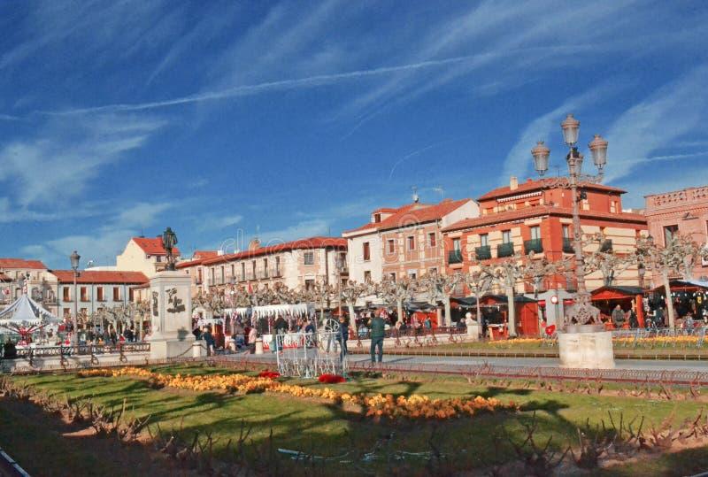 Plaza Cervantes i Alcala de Henares, Spanien royaltyfri bild