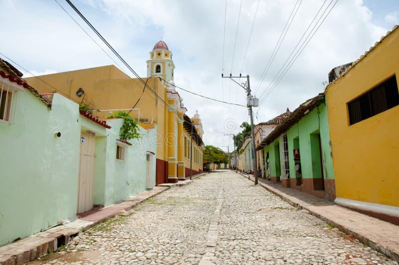 Plaza colorée de pavé - Trinidad - Cuba images stock