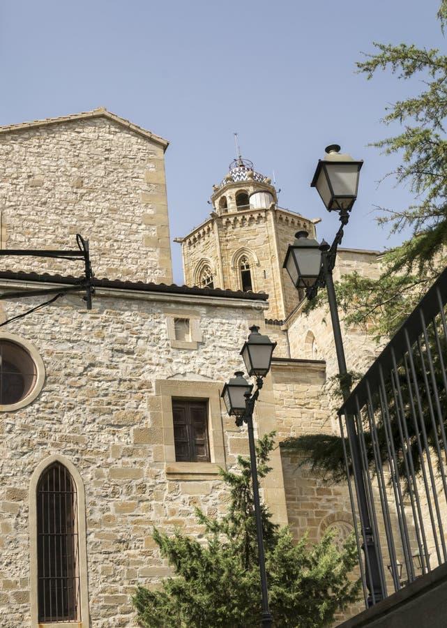 Plaza da dove la chiesa compare fotografia stock libera da diritti