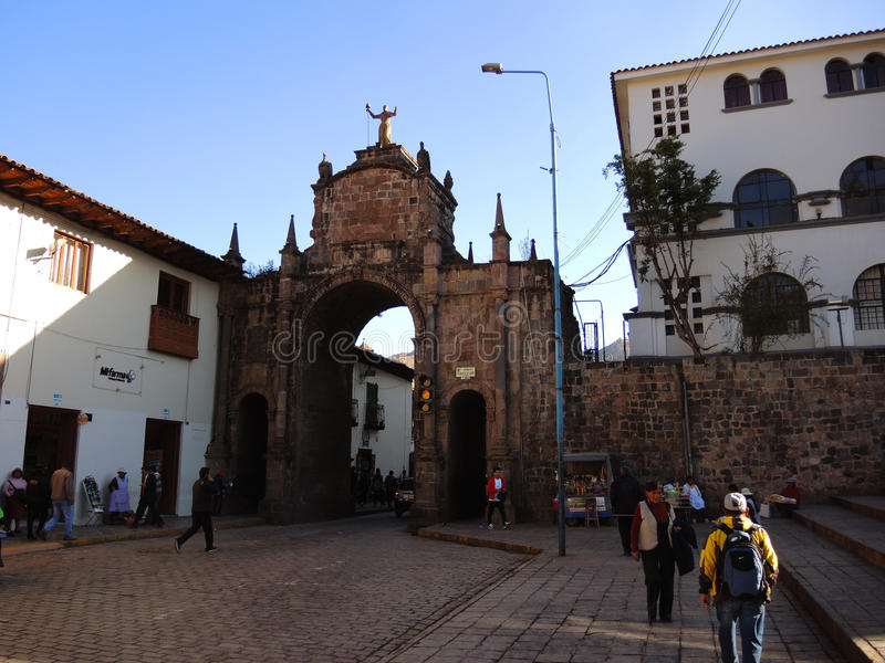 Download Plaza dans Cusco, Pérou photographie éditorial. Image du aube - 77152862