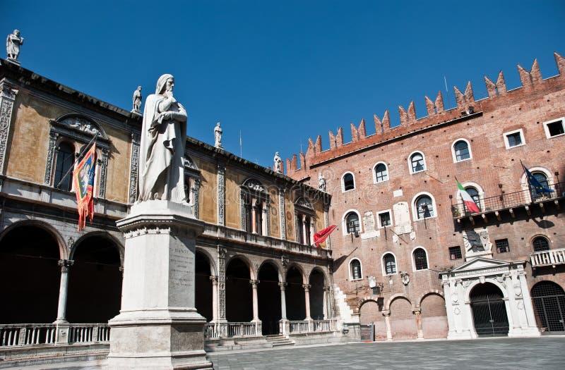 Plaza Dante en Verona fotos de archivo libres de regalías