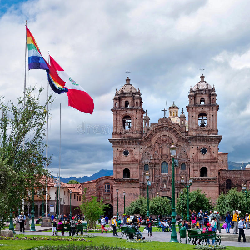 Download Plaza De阿玛斯和Iglesia De La Compania,库斯科,秘鲁 编辑类库存图片 - 图片 包括有 anding, 布琼布拉: 62532034