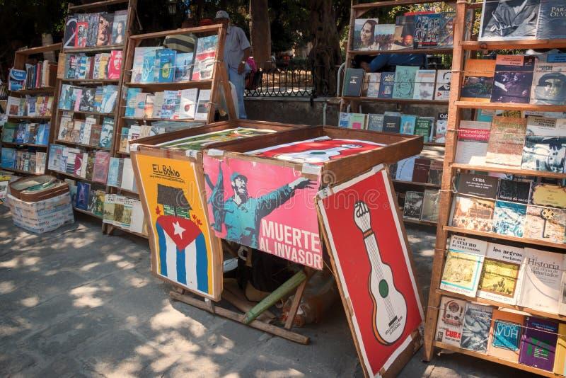 Plaza de阿玛斯哈瓦那古巴书 免版税库存照片