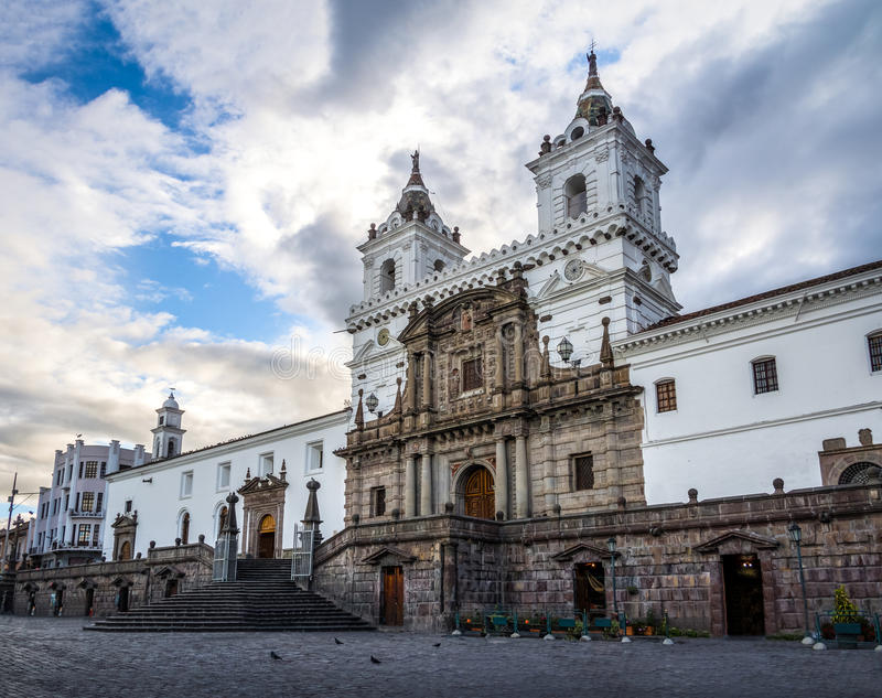 Plaza de Σαν Φρανσίσκο και εκκλησία του ST Francis - Κουίτο, Ισημερινός στοκ φωτογραφία με δικαίωμα ελεύθερης χρήσης