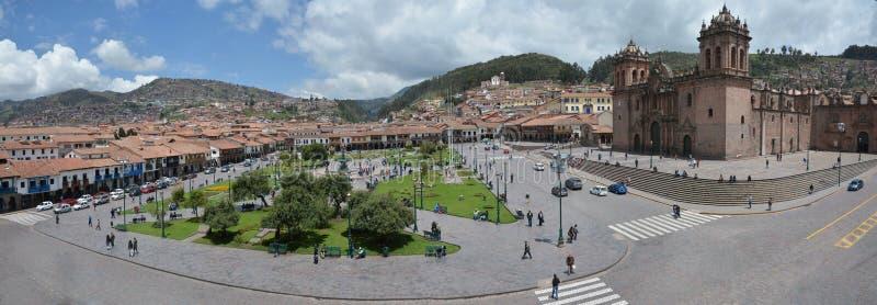 Plaza De Armas avec la cathédrale de Santo Domingo, Cuzco, Pérou photos stock