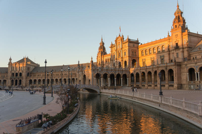 Plaza de Espana am Abend, Andalusien Sevilla, Spanien lizenzfreie stockbilder