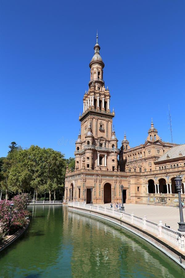 Plaza de Espana et place espagnole de touristes en Séville, Andalousie, Espagne photos libres de droits