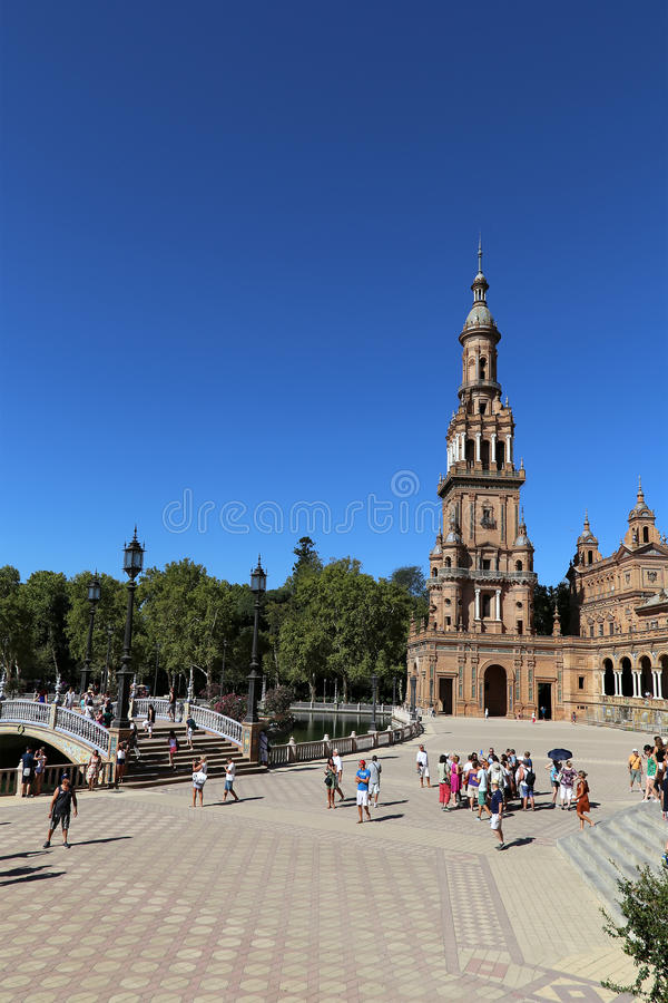 Plaza de Espana et place espagnole de touristes en Séville, Andalousie, Espagne photo libre de droits