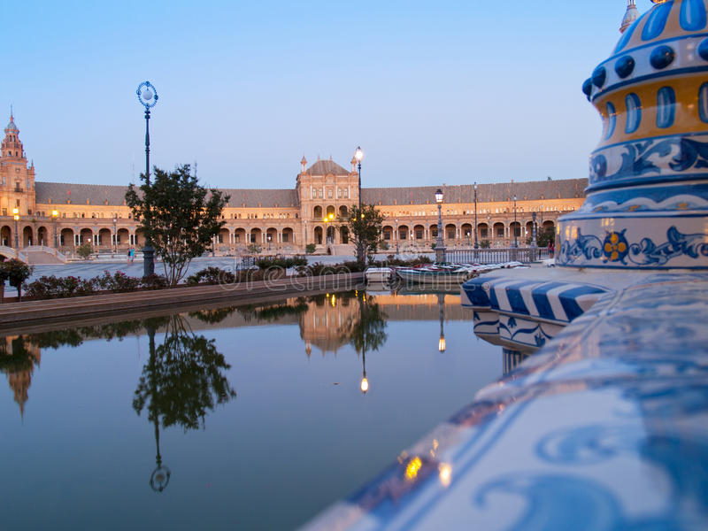 Download Plaza De Espana In Seville At Night Stock Image - Image of artistic, channel: 26579651