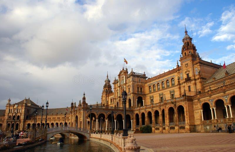 Plaza de Espana, vue avec le canal, Séville, Espagne image stock