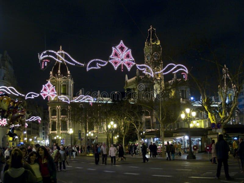 Plaza del Ayuntamiento na noite em Fallas, Valência fotos de stock royalty free