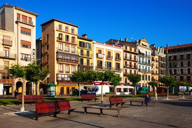 Plaza del Castillo i Pamplona royaltyfria bilder