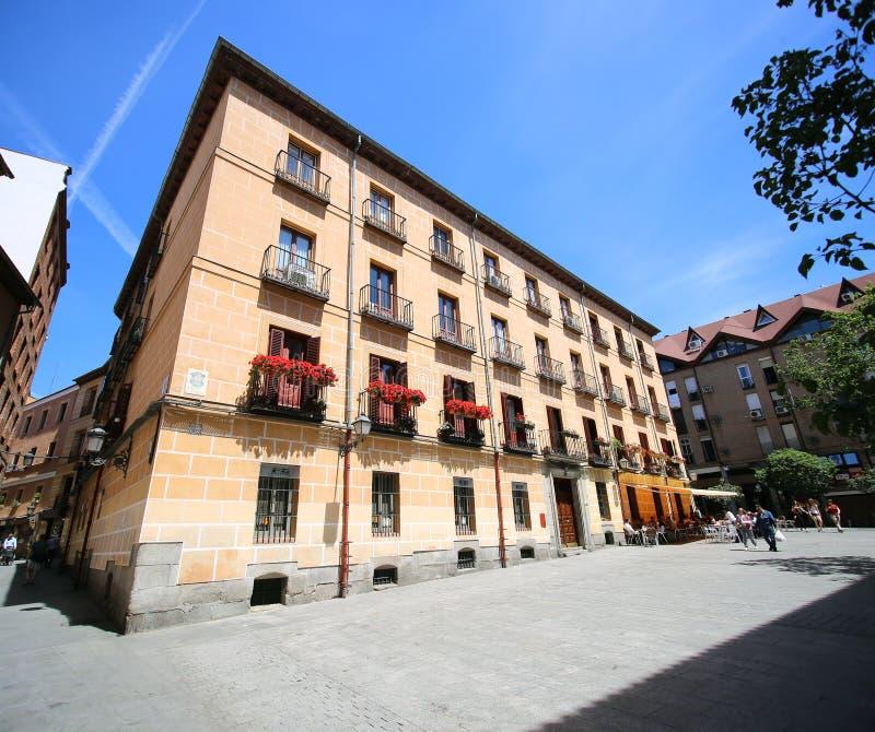 Plaza del Conde de Miranda, Madri, Espanha fotos de stock