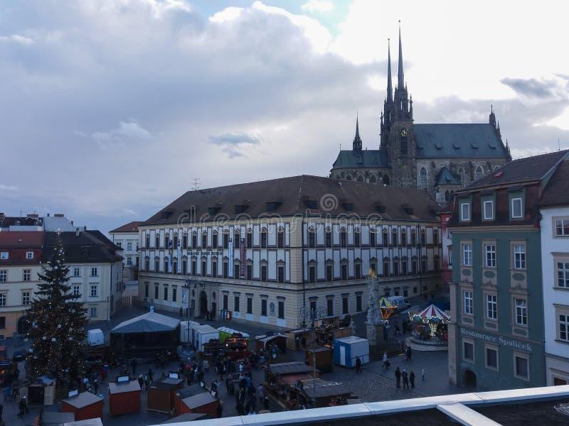 Plaza del mercado de la catedral y de la verdura en Brno imagenes de archivo
