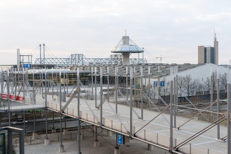Plaza dell'Expo sulla zona fieristica di Hannover immagini stock