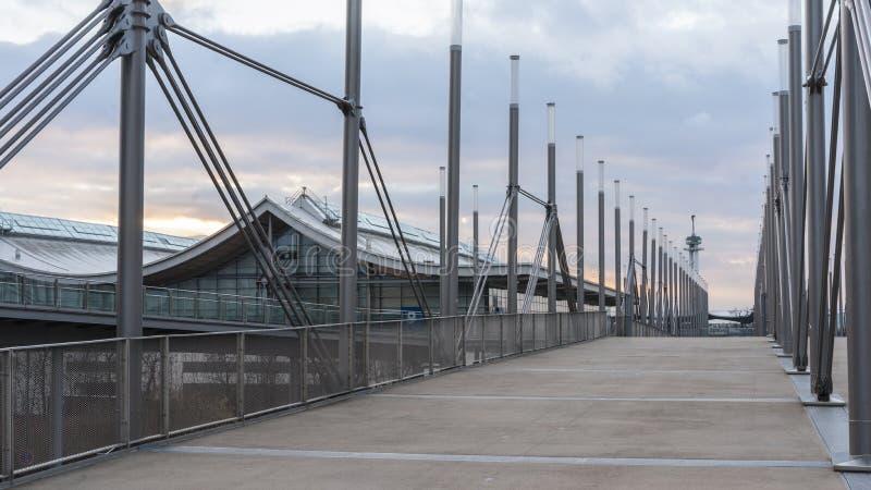 Plaza dell'Expo sulla zona fieristica di Hannover immagini stock libere da diritti