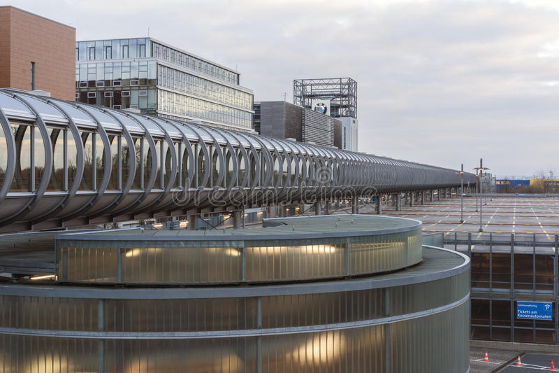Plaza dell'Expo sulla zona fieristica di Hannover fotografie stock libere da diritti