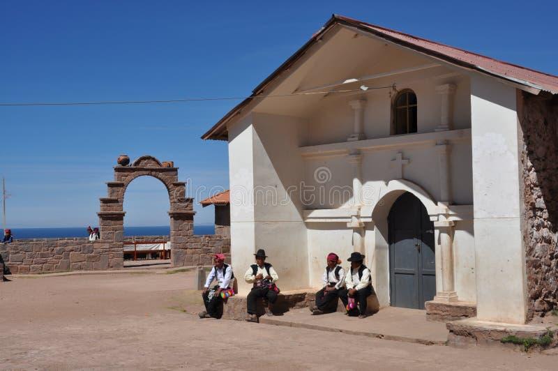 A plaza do console de Taquile no lago Titicaca foto de stock royalty free