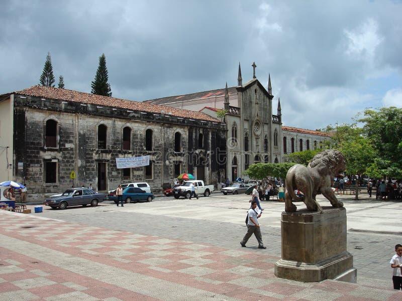 Plaza em Leon, Nicarágua foto de stock royalty free