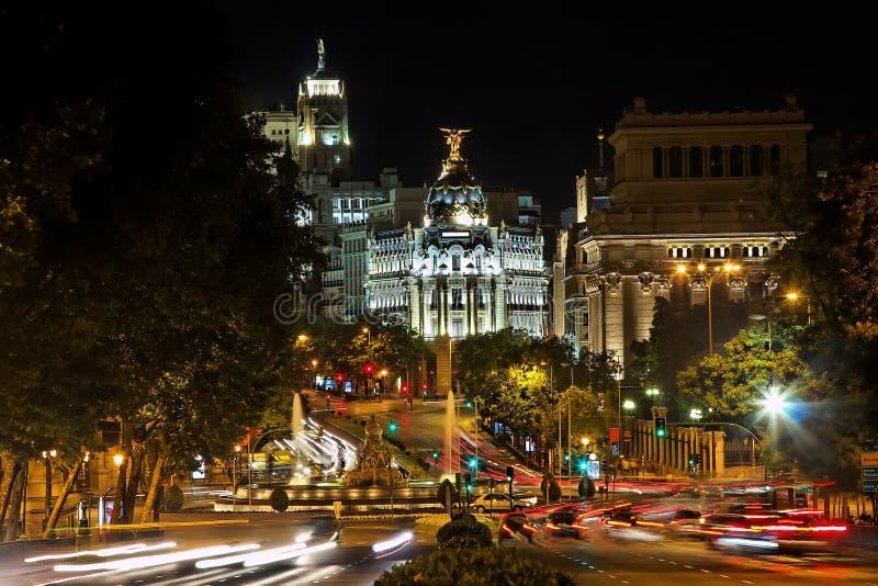 plaza för nightview för cibelesde madrid arkivfoto
