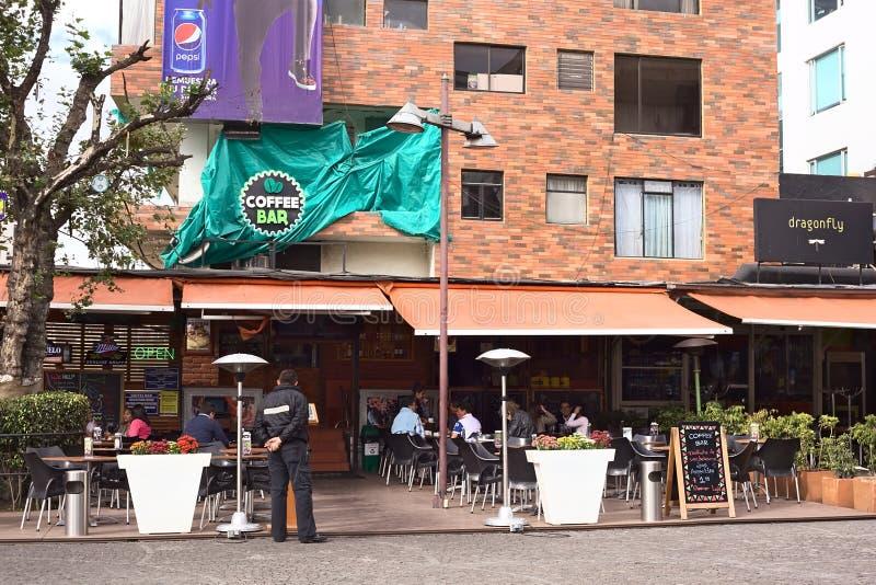 Plaza Foch dans le secteur de touristes de Mariscal de La à Quito, Equateur photos libres de droits