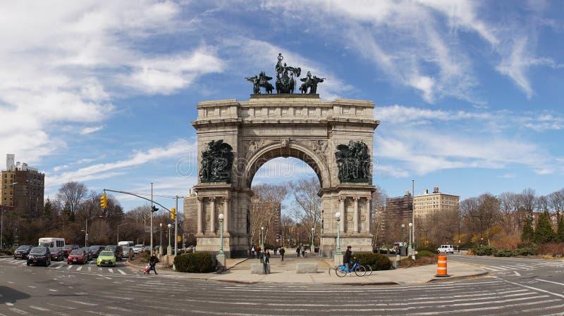 Plaza grande do exército ao lado do parque da perspectiva em Brooklyn, New York City fotos de stock