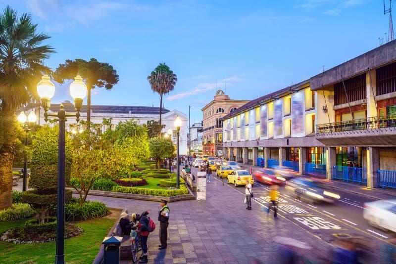 Plaza grande en la ciudad vieja Quito, Ecuador imágenes de archivo libres de regalías
