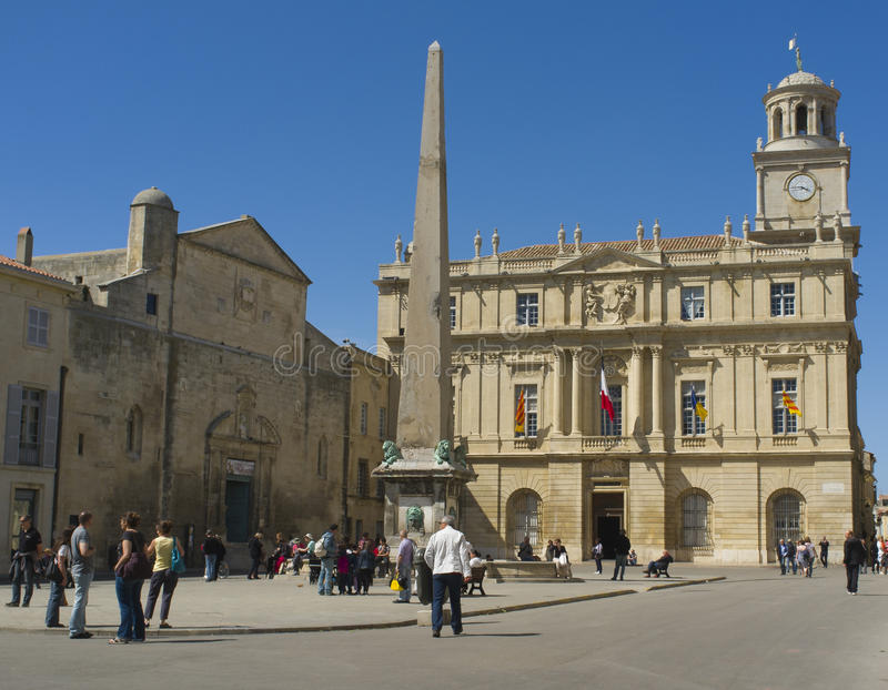 Plaza histórica, Arles, France fotografia de stock