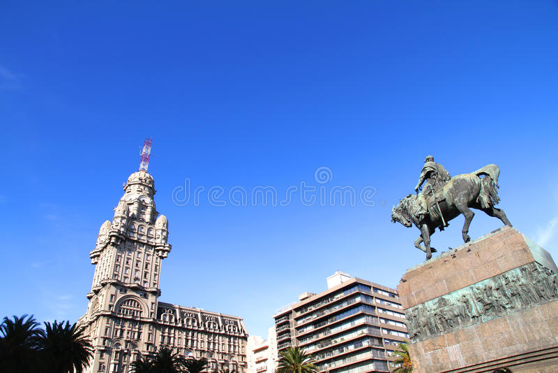 Plaza Independencia en Montevideo fotos de archivo