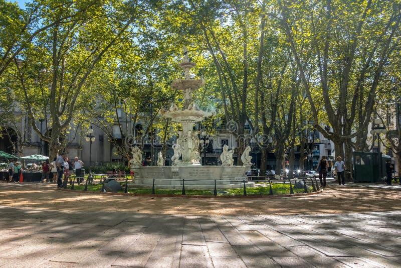 Plaza Matriz ou place de constitution de Constitucion de plaza - Montevideo, Uruguay images stock