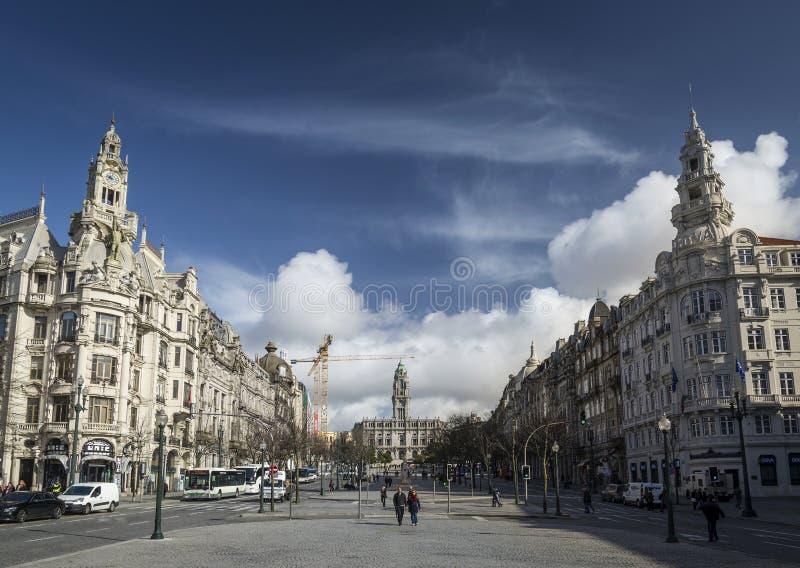 Plaza principal de los aliados del DOS de Avenida de Oporto central Portugal imagen de archivo