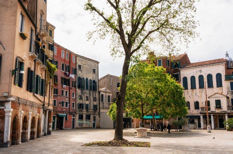 Plaza principal el ghetto veneciano, Venecia, Italia foto de archivo
