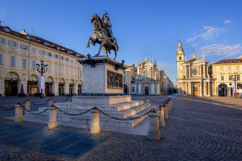Plaza San Carlo en el centro de ciudad de Turín, Italia fotos de archivo