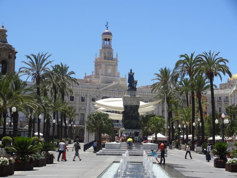 Plaza San Juan de Dios i Cadiz, Spanien royaltyfri bild