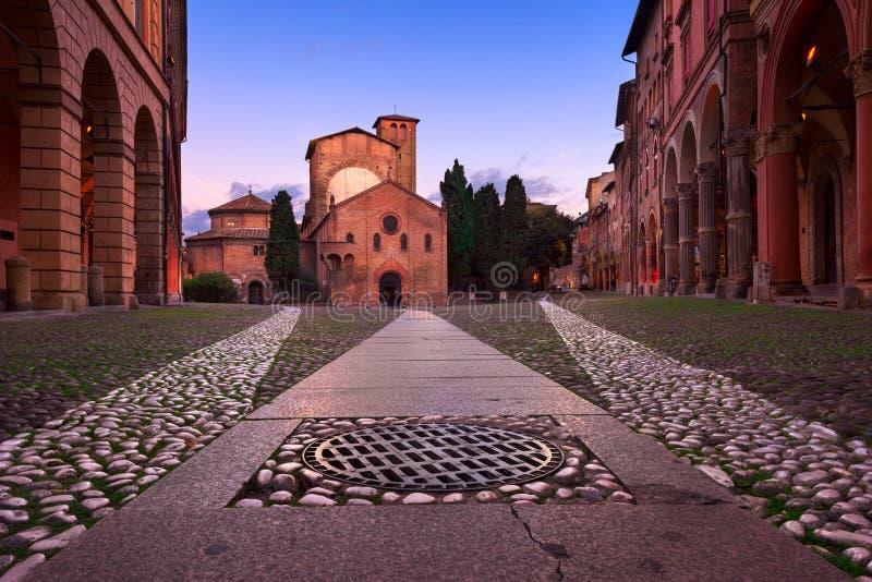 Plaza Santo Stefano por la tarde, Bolonia, Emilia-Romanga, él fotos de archivo libres de regalías