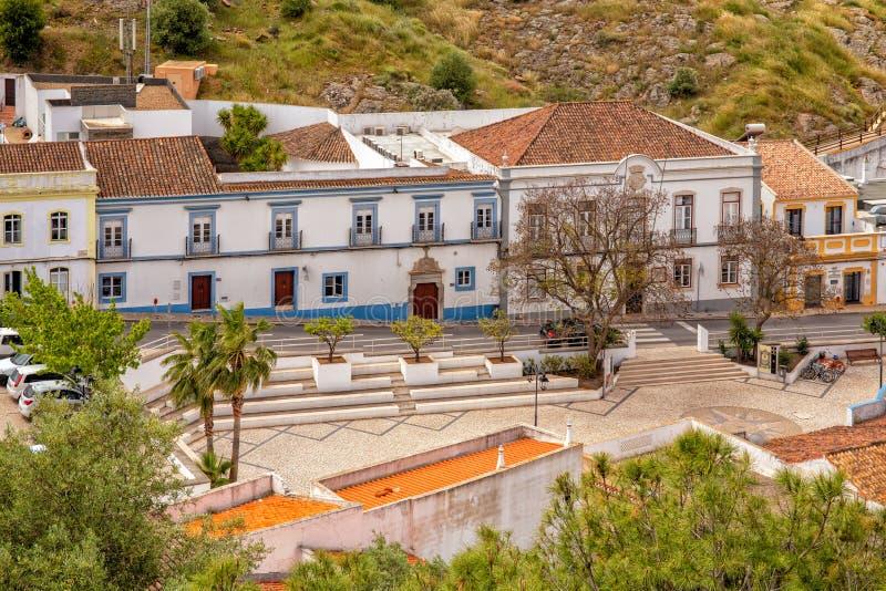 Plaza y ayuntamiento, Castro Marim, Portugal fotos de archivo libres de regalías