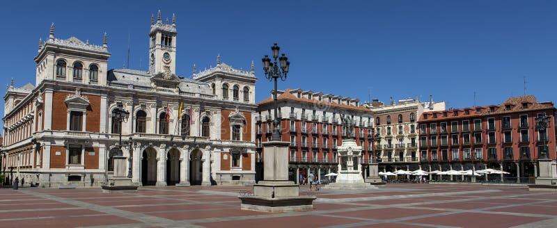 Plazaborgmästare Major Square av Valladolid, Spanien fotografering för bildbyråer
