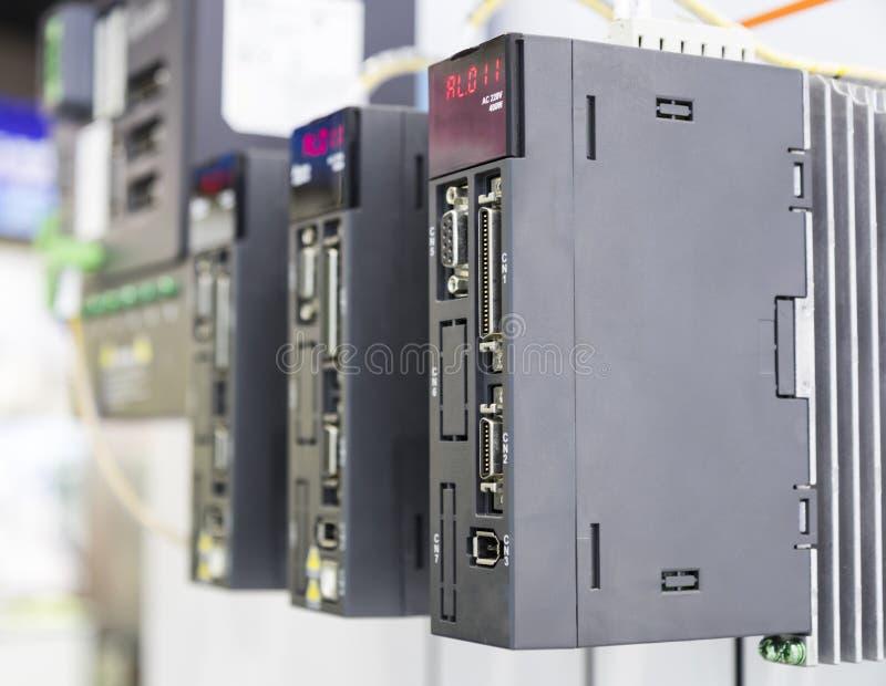 PLC-kontrollanten för industriell maskin royaltyfri fotografi