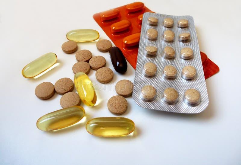 Download P?ldoras de la vitamina foto de archivo. Imagen de farmacéutico - 41914966