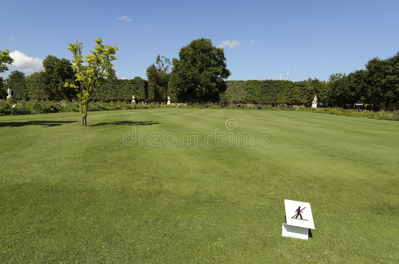 Download Please Keep Off The Grass Sign Stock Image - Image: 33150035