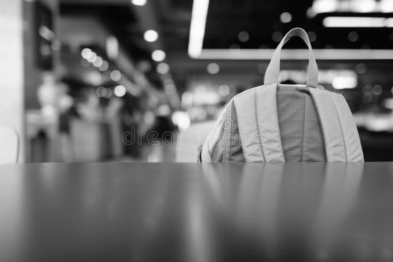 Plecak Wewnątrz Mall Na Oświetlenie Światła obrazy royalty free